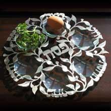 Seder Plates & Seder Sets